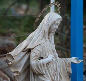 У цей немирний час закликаю вас до витривалої молитви! (о. Генріх Яворський)